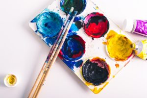 6 Ways to Clean Wet and Dried Acrylic Off Your Paint Palette